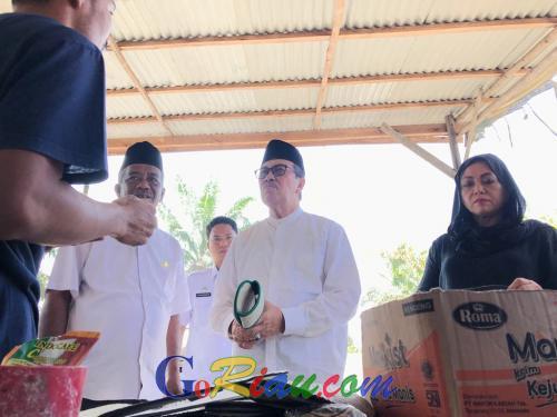 Kerajinan Tangan Warga Sakai di Minas Ramah Lingkungan, Gubernur Riau Syamsuar: Sandal Pandan Bisa Dijual Untuk Hotel