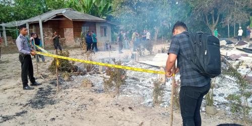 Rumah Terbakar, Nenek 78 Tahun Dalam Kondisi Lumpuh Diselamatkan Tetangganya
