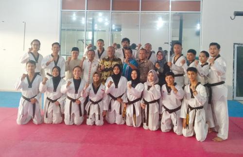 Taekwondo Riau Kirim 10 Atletnya Tanding di PON 2020, Targetkan 3 Emas