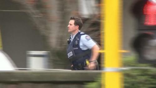 Masjid di Selandia Baru Diberondong Tembakan Saat Shalat Jumat, 27 Jamaah Wafat dan Puluhan Luka-luka