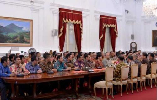 Berikut 7 Poin Penting Hasil Pertemuan Petinggi Sepakbola dengan Presiden di Istana Versi Kemenpora