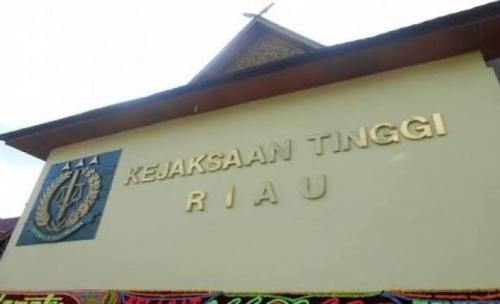 Kejati Riau Ingatkan Kejari Siak Segera Selesaikan Perkara Direktur PT DSI dan Mantan Kadishut Siak