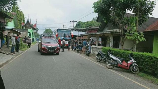Bus Gumarang Jaya Tabrak 5 Siswa SD, 3 Tewas dan 2 Kritis