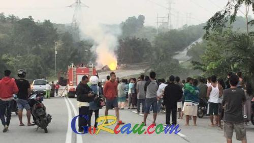 Pipa Gas Chevron yang Meledak Hanguskan Rumah Milik Dimas Yuli di Jalan Lintas Duri-Pekanbaru