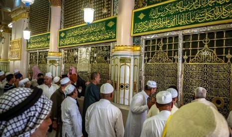 Ketika Umar Minta Izin Dimakamkan di Samping Muhammad dan Abu Bakar, Begini Jawaban Aisyah