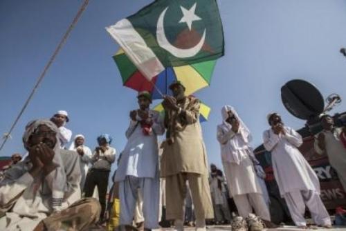 Warga Kristen di Pakistan Seolah Bermimpi Umat Islam Mau Membantu Membangun Gereja Baru Pasca Banjir