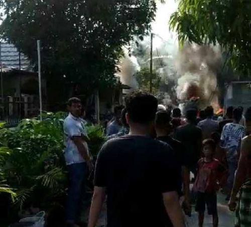 BreakingNews: Pesawat Jatuh di Kubang Kampar, Dentumannya Terdengar Keras