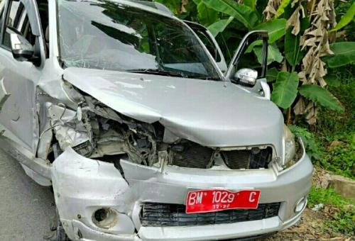 Rombongan Disdik Pelalawan Alami Kecelakaan di Kemang, Korban Luka Dilarikan ke Rumah Sakit