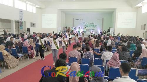 Resmi Dibuka Ayat Cahyadi, 800 Mahasiswa dan Pelajar se-Pekanbaru Antusias Ikuti Student Vaganza 2018 di Pascasarjana Unri