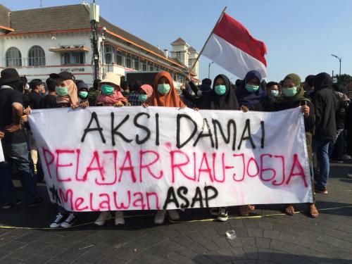 Melawan Asap, Ikatan Pelajar Riau di Yogyakarta Lakukan Aksi Damai