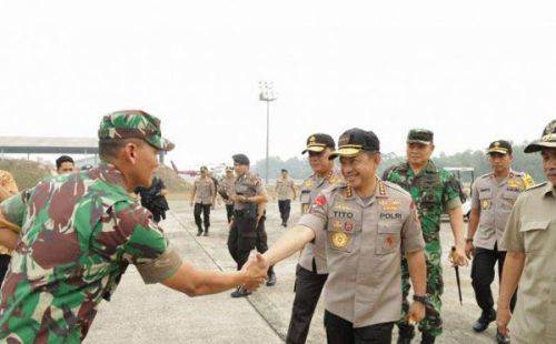 Panglima TNI, Kapolri, Kepala BNPB, Gubernur Tinjau Langsung Karhutla di Pelalawan Riau