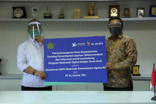 XL Axiata - Kementerian Agama RI Kerjasama Bantu Pelajar Madrasah