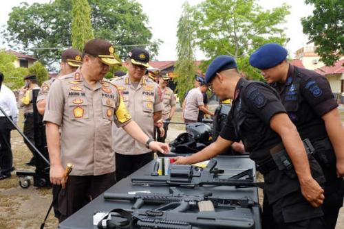 Polda Riau Gelar Apel Persiapan Pelantikan Presiden