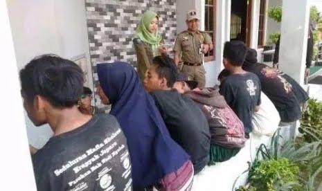 Sembilan Siswa-Siswi SMP Pesta Miras di Waduk Dinihari, Ditangkap Satpol PP dalam Keadaan Teler