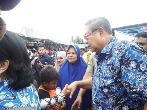 Kunjungi Desa Flamboyan Tapung Kampar, SBY: Saya Rindu Masyarakat Riau