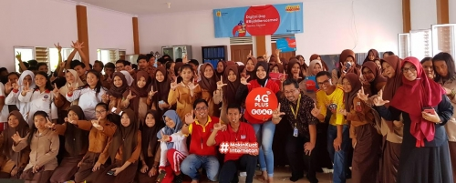 Indosat Ooredoo Gelar Roadshow Program CSR Digital Day #BijakBersosmed