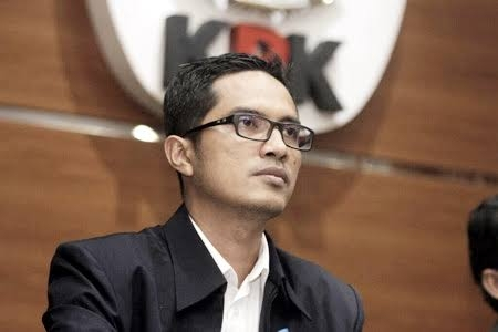 Hari Ini, KPK Geledah Rumah Seorang Kontraktor di Jalan Sudirman Bengkalis