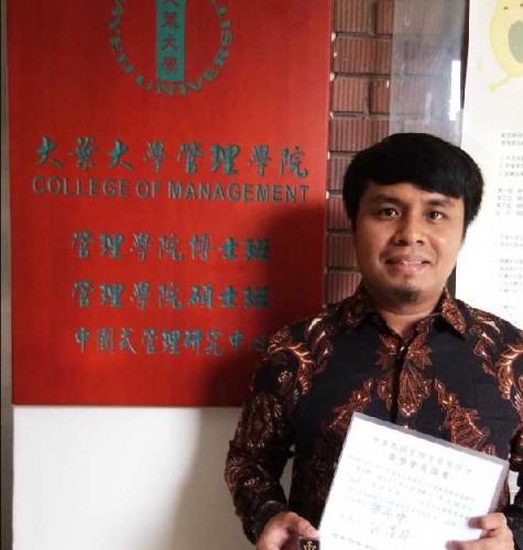 Dosen Unilak Raih Penghargaan Phi Tau Phi di Taiwan