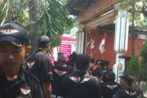 Asrama Dikepung Polisi dan Massa Kelompok Sipil, Mahasiswa Papua di Yogyakarta Kelaparan