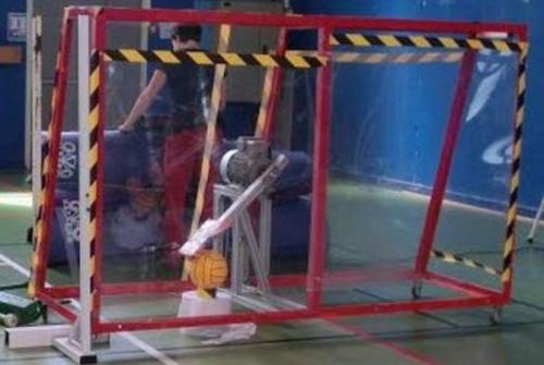 WOW, Krennn..., Robot Ini Bisa Meniru Gaya Ronaldo Saat Melakukan Tendangan Bebas