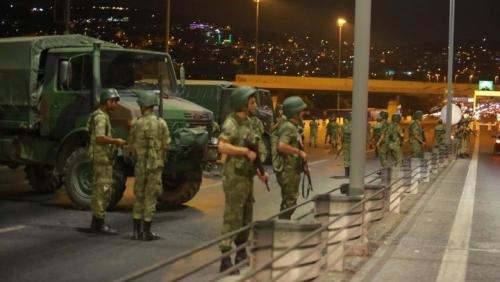 Kudeta Terhadap Erdogan Berhasil Digagalkan, Pasukan Militer Pro Pemerintah Sudah Kuasai Kembali Beberapa Lokasi Penting
