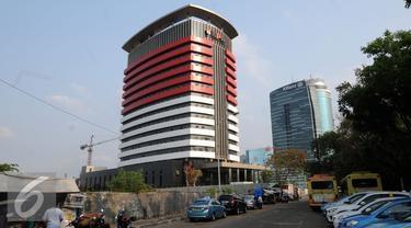 Terima Suap Rp1,8 M, 4 Pegawai Kemenkeu Rekayasa Pajak Perusahaan Diler Mobil Mewah
