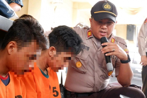 Polisi Gadungan Dibekuk Polisi Asli Saat Sedang Memeras Warga di Jalan Tanjung Datuk Pekanbaru
