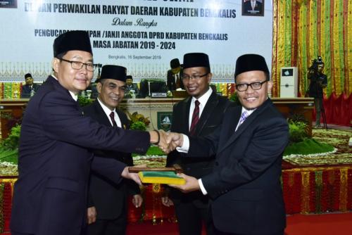 Khairul Umam dan Syahrial Pimpinan Sementara DPRD Bengkalis