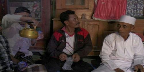 Tukang Becak Mengaku Dibawa Jin Berhaji, Setelah Diselidiki MUI Ternyata . . . .
