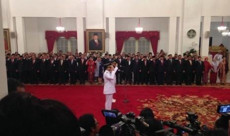 Anies-Sandi Resmi Jabat Gubernur dan Wakil Gubernur DKI, Begini Bunyi Sumpahnya