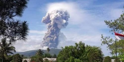 Gunung Soputan Meletus, Semburkan Abu Setinggi 7,5 Kilometer