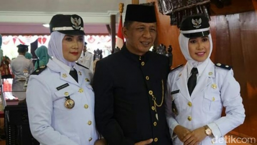 Dua Istri Wabup Blitar Dilantik Jadi Kades Secara Bersamaan
