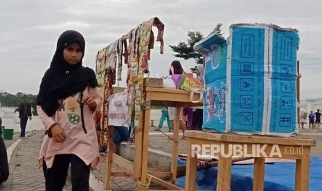 Kisah Fatimah Azzahra, Bocah Palestina yang Jualan Kopi di Cibinong: Kadang Baru Buka Langsung Diusir Satpol PP