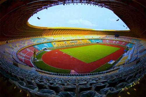 Lari-lari Sore di Komplek Stadion Utama Riau