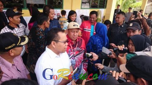 Prabowo-Sandi Unggul di TPS Bupati Kepulauan Meranti Nyoblos