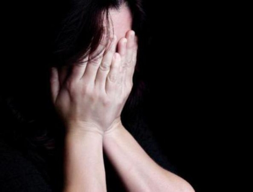Gara-gara Dekat dengan Cowok Lain... Mahasiswi Ditinju, Disekap dan Diperkosa Mantan Pacar