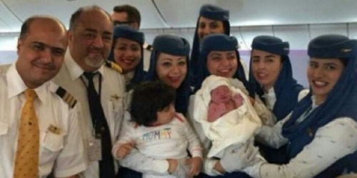 Penumpang Melahirkan Bayi Prematur, Pesawat Terpaksa Mendarat Darurat