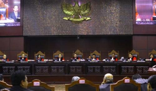 Janjikan 12 Truk, Tim Hukum Prabowo-Sandi Sudah Serahkan 4 Truk Alat Bukti Kecurangan Pilpres ke MK