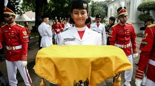 Nilam Sukma Pawening Terpilih Sebagai Pembawa Baki Bendera Merah Putih, Ini Profilnya