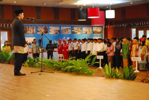 Pimpin Upacara HUT ke-74 RI di Blok Minyak Terbesar Indonesia, Wamen ESDM Arcandra: Teruskan Perjuangan dan Amalkan Sila ke-5