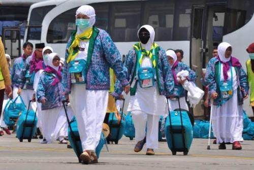 Turun di Masjid Al-Mannan Bagan Besar, Jamaah Haji Kloter 5 Asal Kota Dumai Diprediksi Tiba Tanggal 22 Agustus 2019 Mendatang