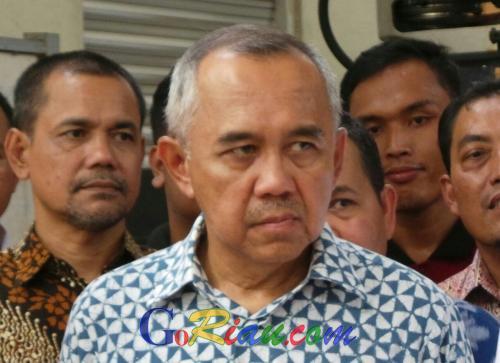 Peringatan Keras, Jangan Catut Nama Gubernur Riau!