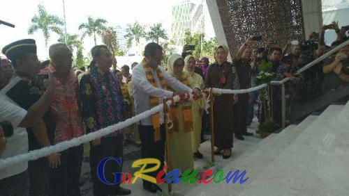 Gedung Kejati Riau Senilai Rp129 Miliar Diresmikan Jaksa Agung