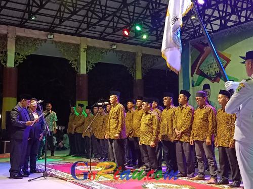 Dimeriahkan Artis Minang, Masyarakat Antusias Ikuti Pelantikan Pengurus IKMR Kabupaten Siak
