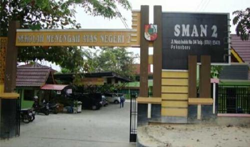 SMA 2 Pekanbaru Raih Predikat Sadar Hukum dari Kemenkumham