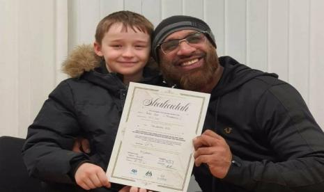 Kisah Mualaf Rudy, Bocah 9 Tahun Bersyahadat karena Sering Ikut Temannya Beri Makan Tuna Wisma