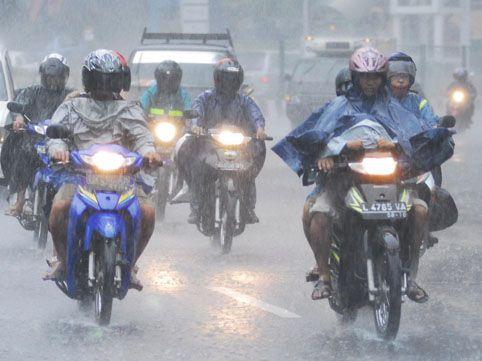 Orang Riau Harus Waspada, Dua Minggu Ini Curah Hujan akan Tinggi