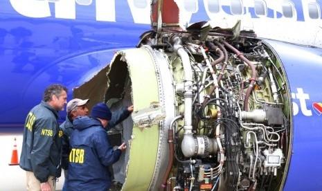 Pesawat Bermuatan 148 Orang Meledak di Udara, Seorang Penumpang Tersedot ke Luar, 1 Tewas dan 7 Terluka