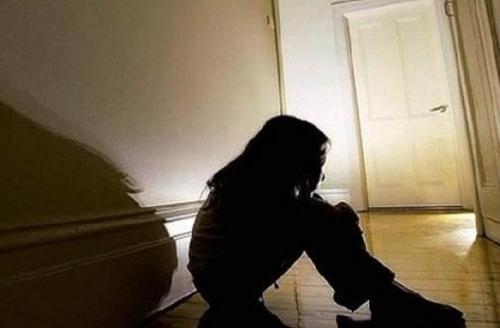 BIADAB... Usai Dicekoki Miras, Gadis Diperkosa Lima Lelaki, Lalu Dibuang ke Semak-semak