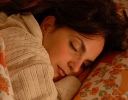 Ternyata... Agar Bisa Tidur Nyenyak di Malam Hari Itu Tidak Sulit, Ini Triknya!